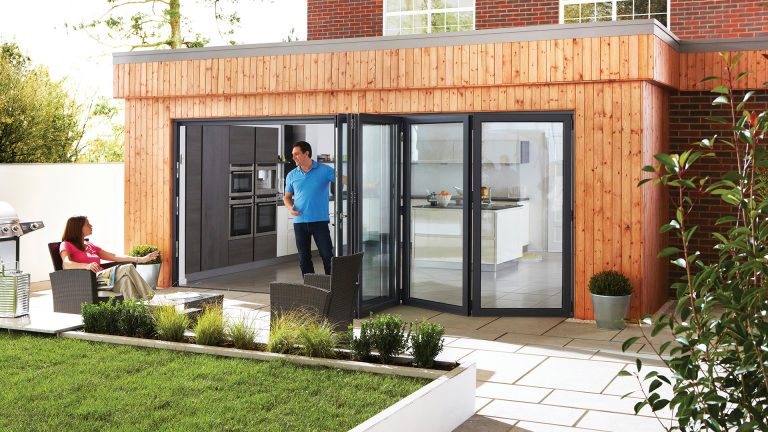 7 Reasons to Choose Bifolds For Your Home