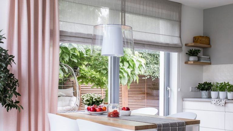 How to dress your bifold doors